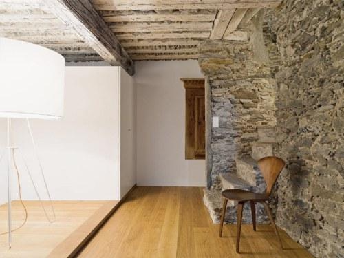antigua-casa-rustica-interior-moderno-3