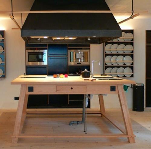 berge-communal-kitchen
