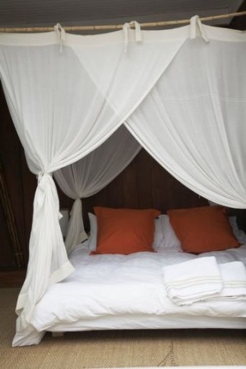 Camas con cortinas y dosel decoracion in - Cama con dosel ...