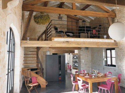 Casa cl sica y r stica con toques modernos decoracion in - Como pintar una casa rustica ...