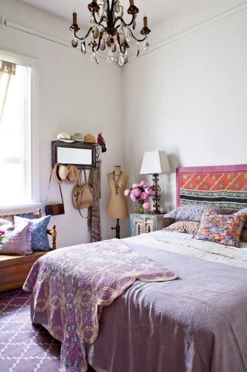 casa colorida y de estilo ecléctico