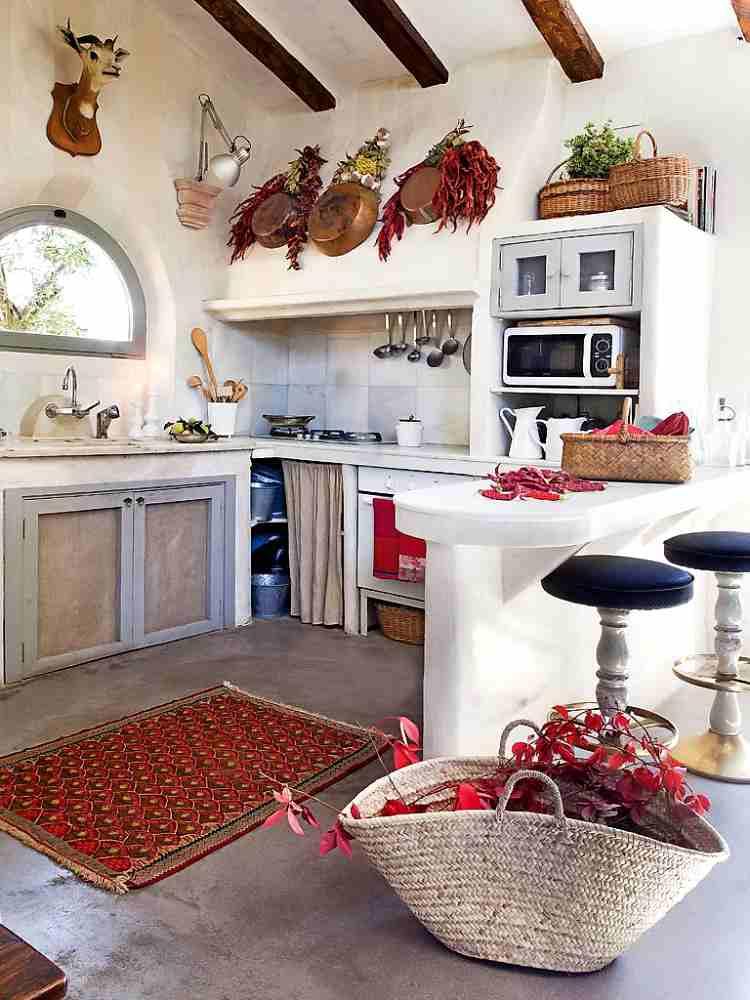 Casa de campo con mucha personalidad decoracion in for Casas de campo decoracion interior