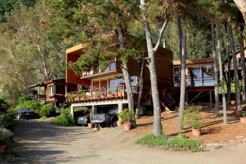 Frente de la Casa Laguna Verde