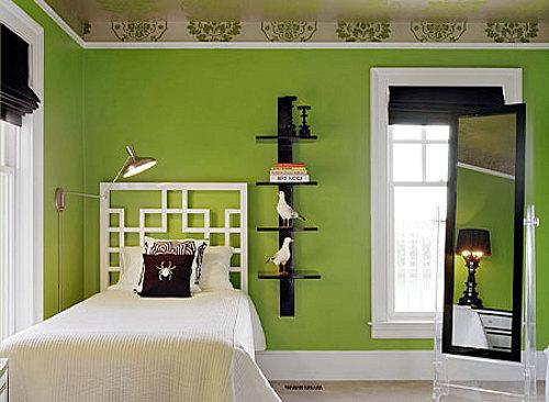 Una casa con mucho color decoracion in - Como pintar la fachada de mi casa ...