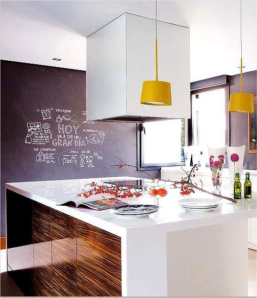 cocina amplia con detalles