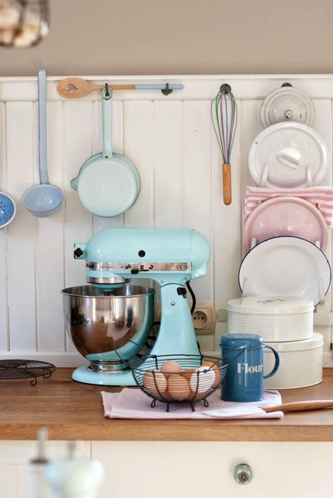 Ideas pr cticas y colores pastel en la cocina decoracion in for Cocina practica