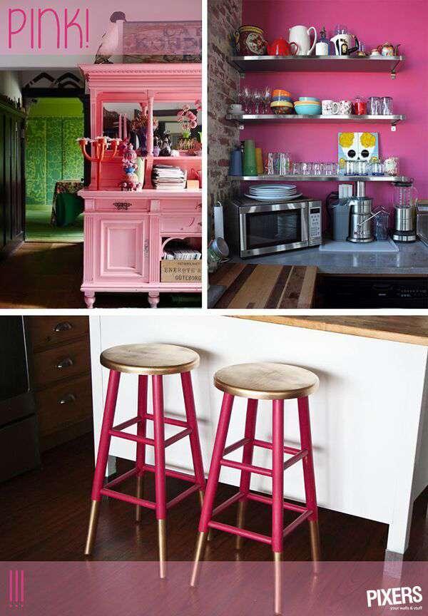 El color rosa atrae la atención. Experimenta con la decoración cuanto te dé la gana. Darás una vida nueva a una cómoda antigua pintándola de color rosa en tono pastel y animarás los taburetes viejos con la pintura de color rosa y dorado. También puedes pintar una pared de la cocina en color rosa intenso