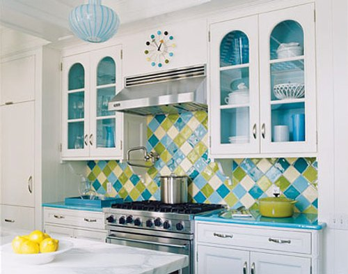 Ideas para decorar con color la cocina decoracion in - Combinar colores cocina ...