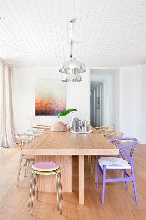 comedor con sillas de diseño