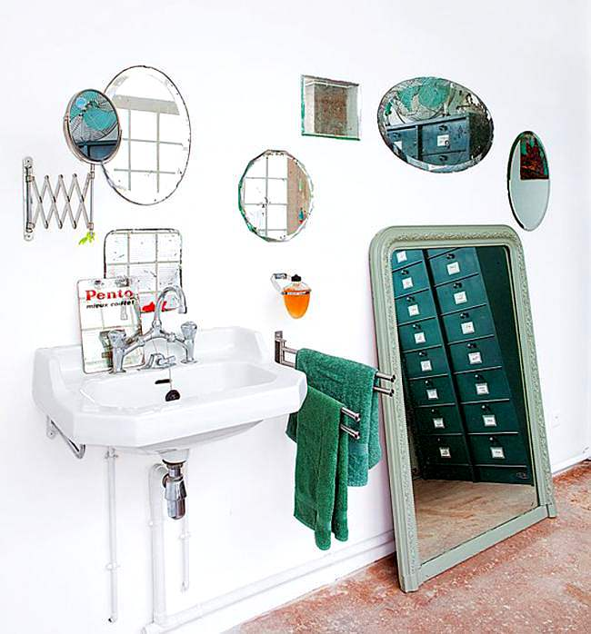 composición de espejos para el baño