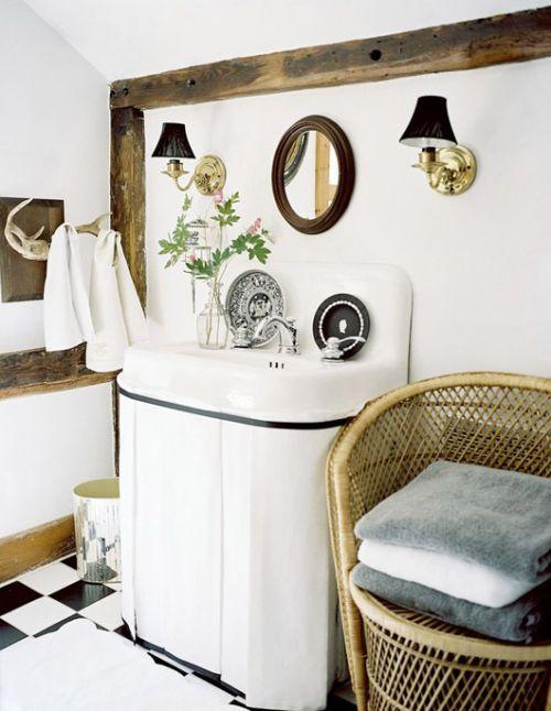 Baños Elegantes Clasicos:Además algunas piezas, como la bañera se pueden renovar con unas