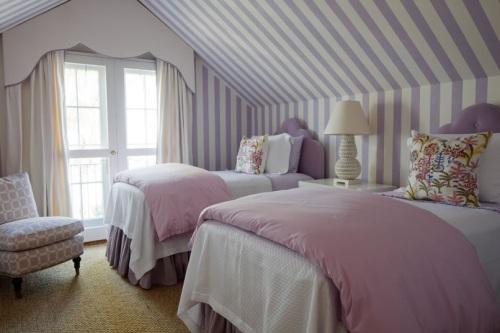 Decoración De Dormitorios De Jóvenes: Buhardilla, Rayas Y Colores Pasteles
