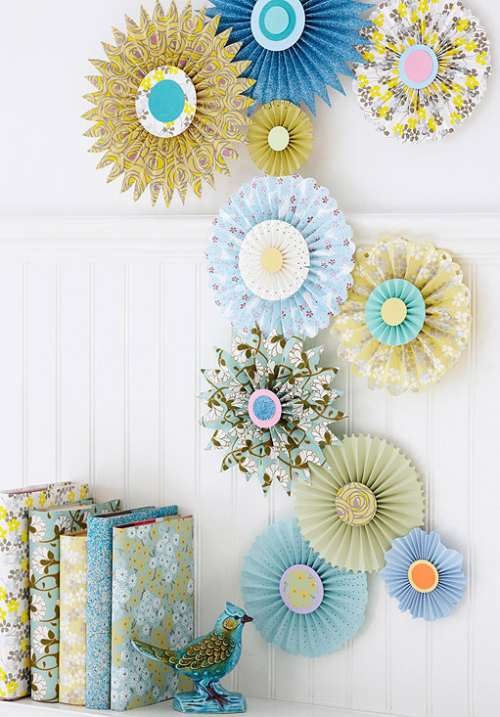 Decoraci n con libros renovados con color decoracion in for Decoracion con libros