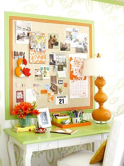 decoración de una oficina con colores alegres