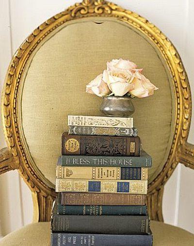 Decoración con libros antiguos