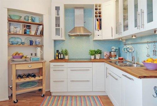 decorar cocinas con color