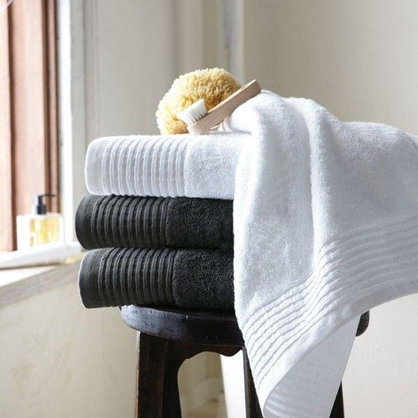 Accesorios pr cticos para decorar el ba o decoracion in for Accesorios para colgar toallas