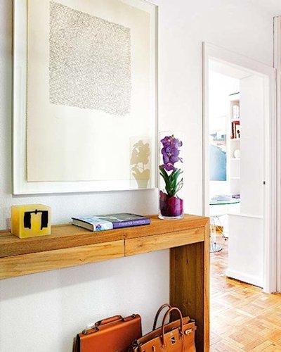 Dise o de interiores por mi casa revista decoracion in - Decorar una entrada estrecha ...