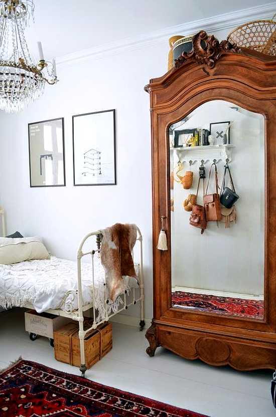 dormitorio con muebles vintage