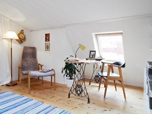 Un escritorio creativo y con aire vintage para una oficina for Decoracion oficinas vintage