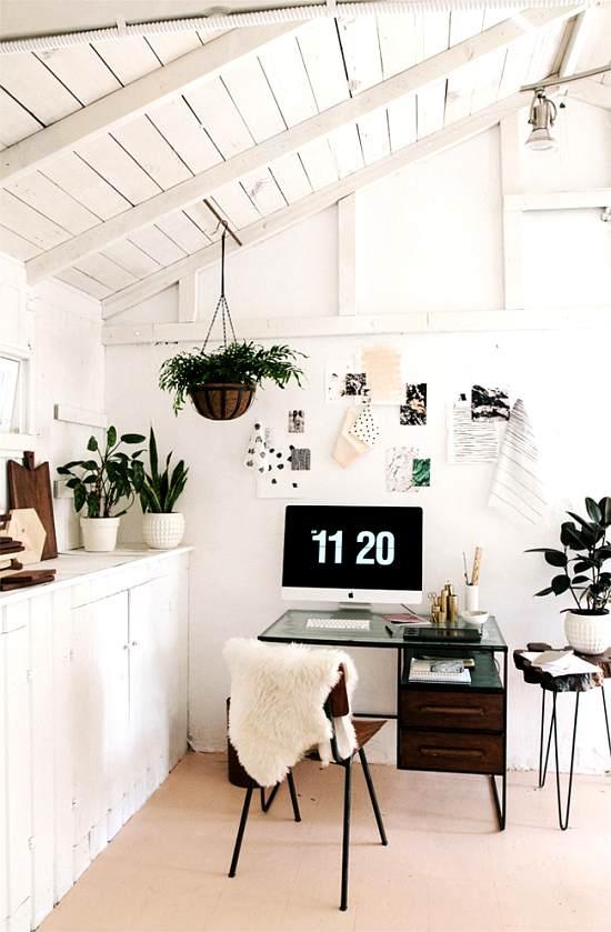 espacio de trabajo con toques naturales