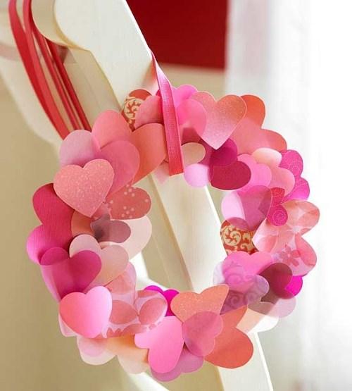 guirnalda con corazones de papel