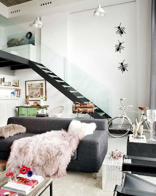 Loft amplio y luminoso con toques retro decoracion in - Decoracion loft pequeno ...
