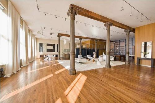 loft moderno y con estilo decoracion in. Black Bedroom Furniture Sets. Home Design Ideas