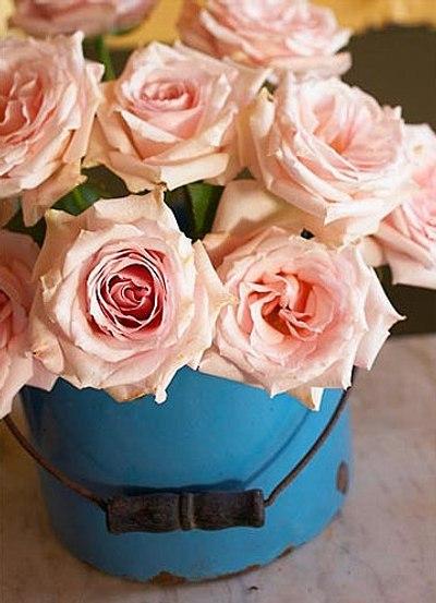 como decorar con flores frescas