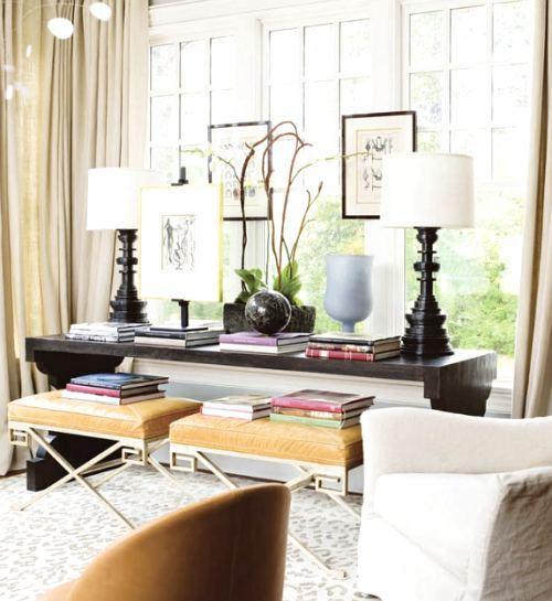 práctico y pequeño escritorio