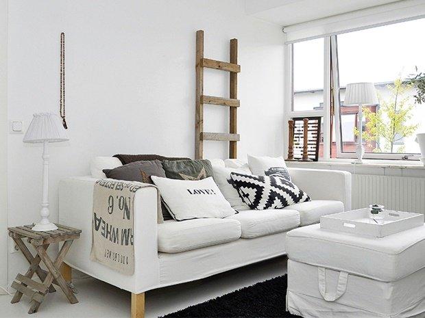 salón con muebles reciclados