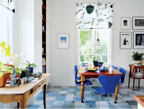 sillas-jacobsen-comedor-azul