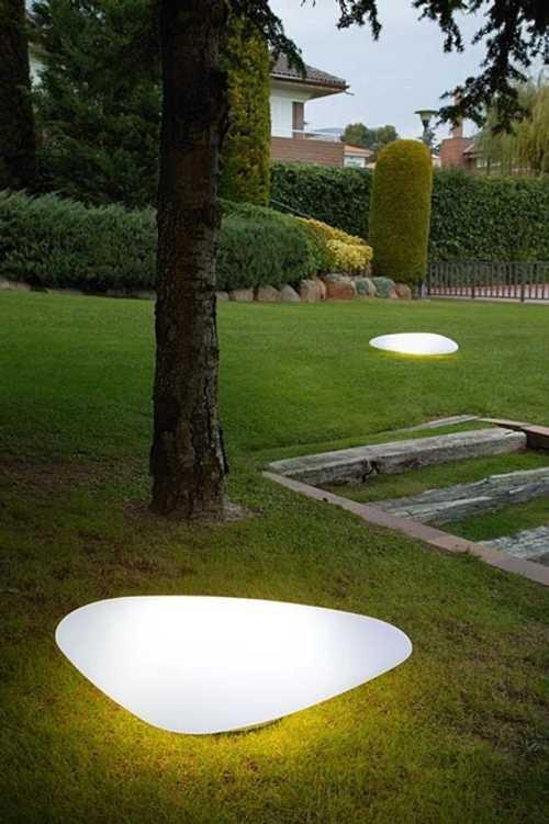 Decora el Jardín con Piedras Luminosas - Decoracion.IN