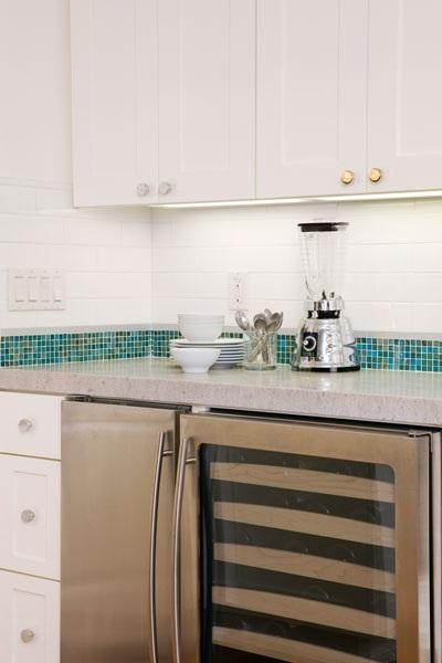 Cocina con distintas zonas decoracion in for Superficie cocina